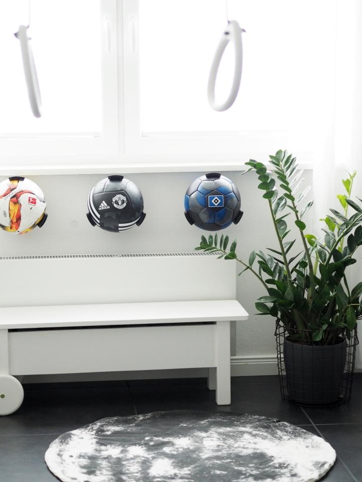 Aufbewahrung für Ball Liebhaber… Ballhalter von BallClaw
