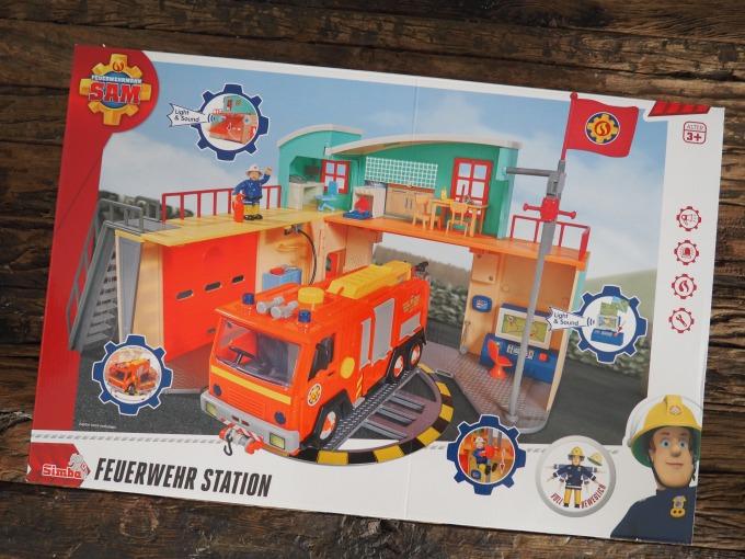 Feuerwehrmann Sam Neue Feuerwehrstation Und Sam Rettungsset Norman